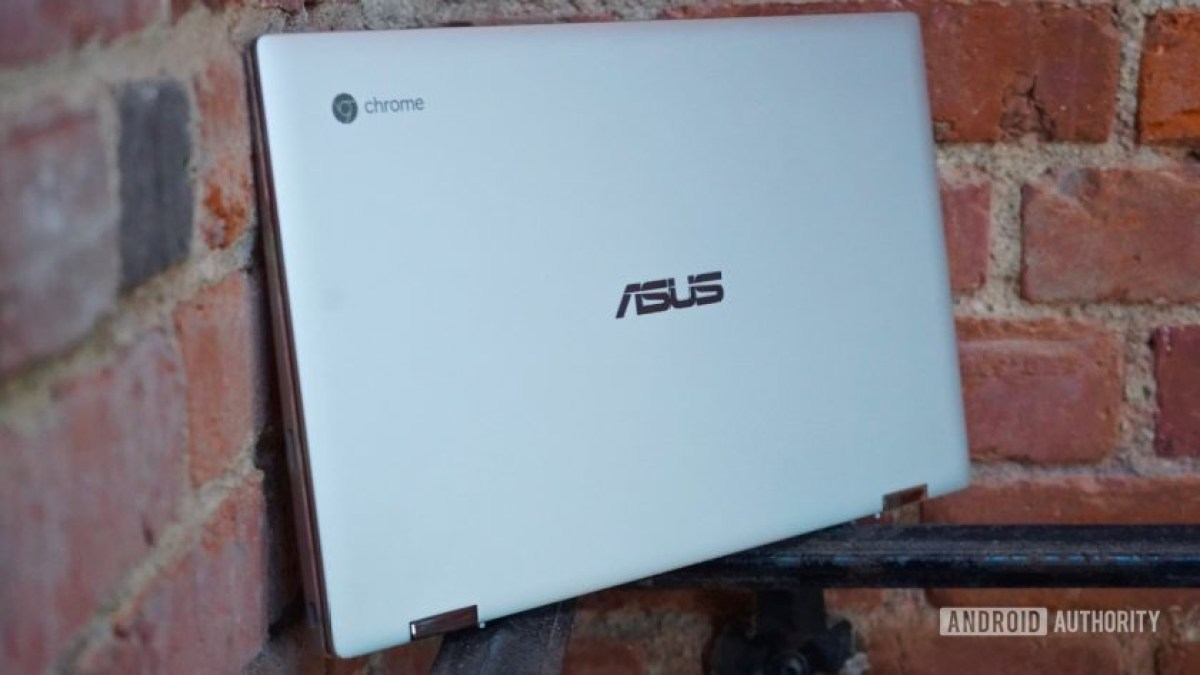Asus Chromebook Flip C434 right profile
