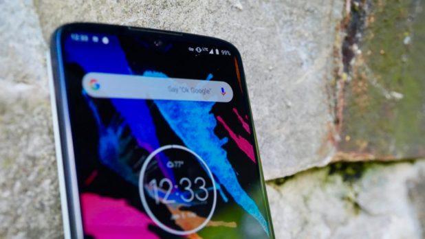 Motorola Moto Z4 review hidden notch