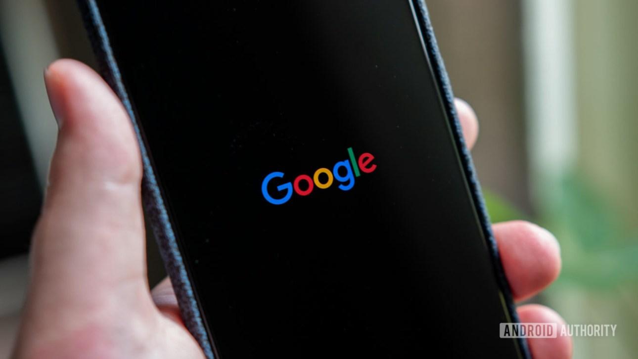Android Q Beta 5 Анимация загрузки в темном режиме Логотип Google
