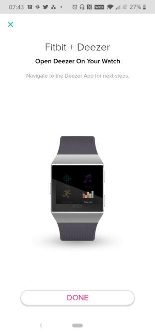 Начальный экран-заставка Fitbit Deezer