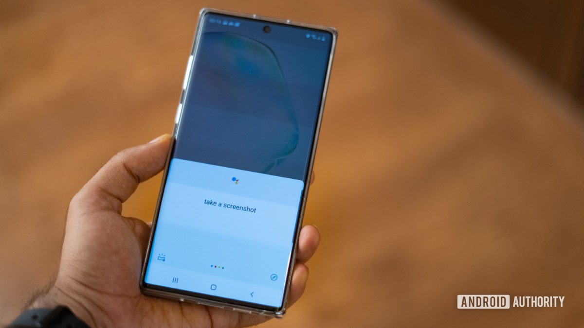 Samsung Note 10 screenshots using okay google command - How to take a screenshot on Android.