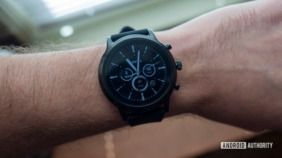 fossil gen 5 smartwatch review on wrist watch face display 1