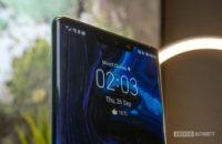 Huawei Mate 30 Pro Front shot of notch