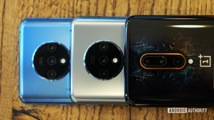 OnePlus 7T in glacier blue and frosted silver with OnePlus 7T Pro McLaren Edition