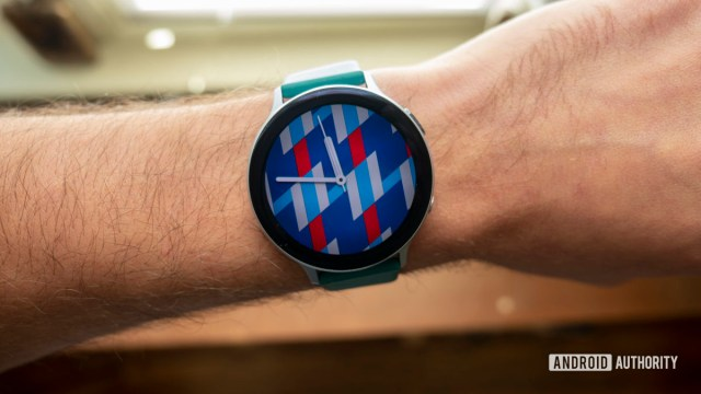 samsung galaxy watch active 2 review watch face on wrist3