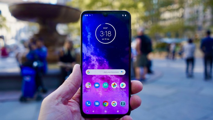 Motorola One Zoom Review Poor Performance Poisons Potential