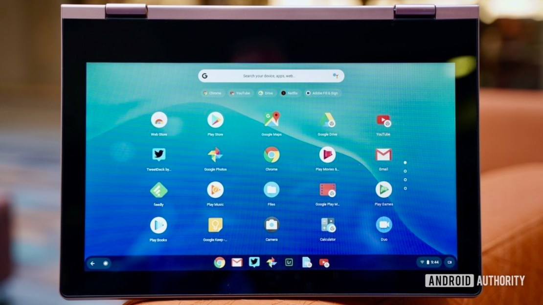 Lenovo Chromebook C340 review display with bezels