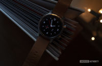 Moto 360 2019 review on book watch face 8