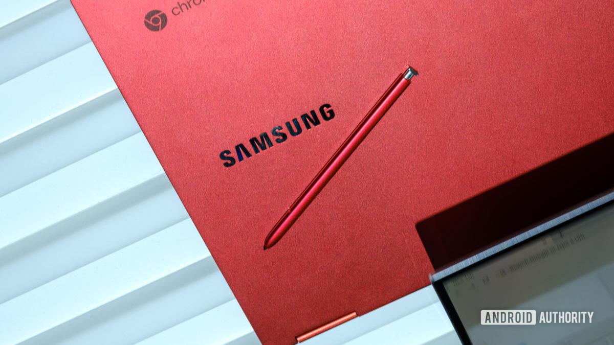 Samsung Galaxy Chromebook com caneta