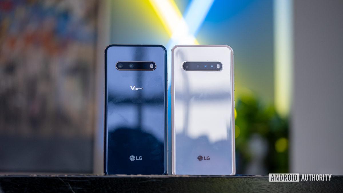 LG V60 оба цвета со спины 1