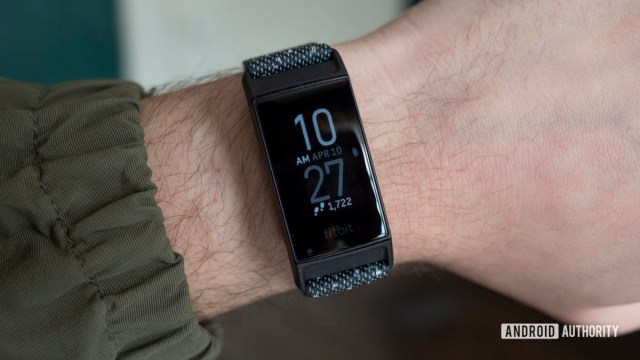 fitbit charge 4 review watch face on wrist 2