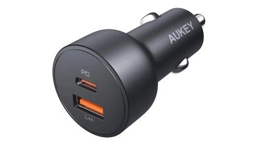 Aukey USB C car charger
