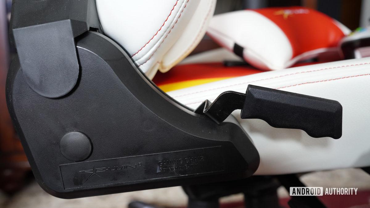 E Win Racing Hero кресло с откидной ручкой