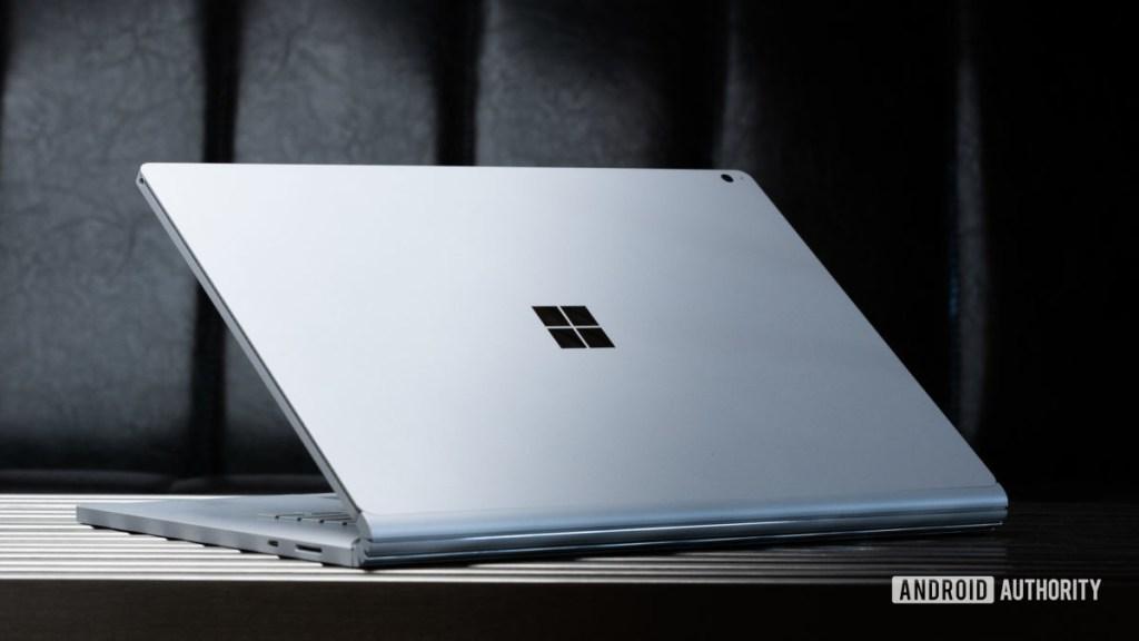 Microsoft Surface Book 3 назад прикрепленная опция 2