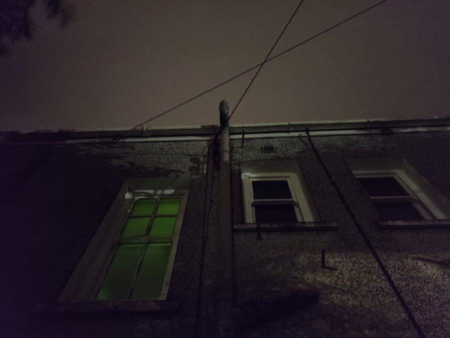 Тест камеры Poco F2 Pro Ночной режим стороны дома