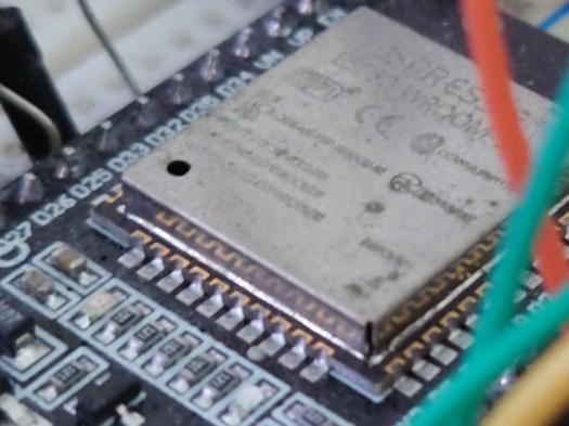 Sony Xperia 1 II - 100% crop
