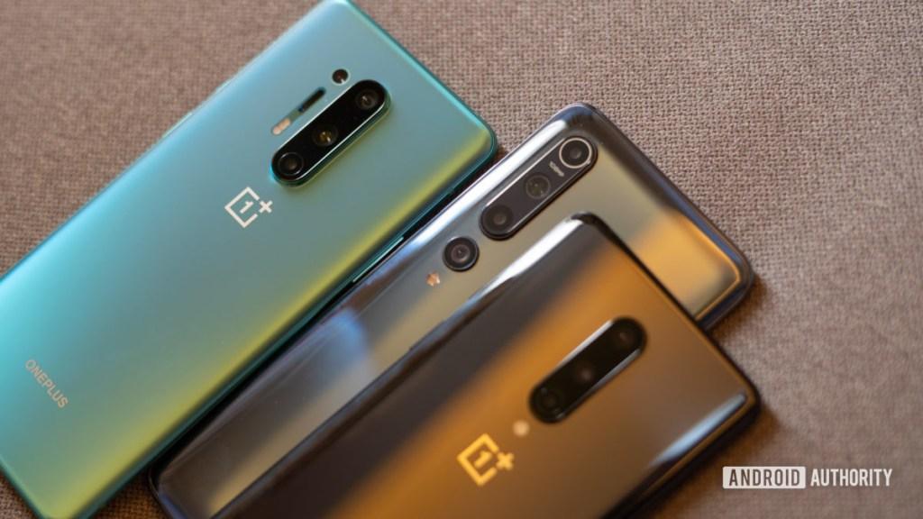 Xiaomi Mi 10 против модулей камеры OnePlus 8 крупным планом