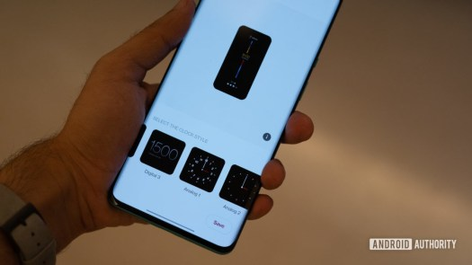 OnePlus 8 Pro Android 11 dev preview clock styles
