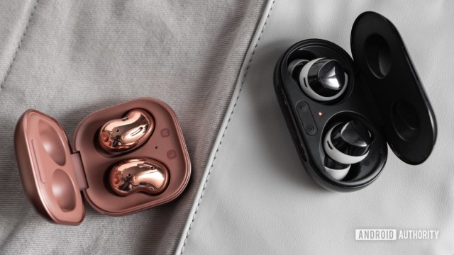 A picture of the Samsung Galaxy Buds Live noise cancelling true wireless earbuds in the open case next to the Samsung Galaxy Buds Plus.