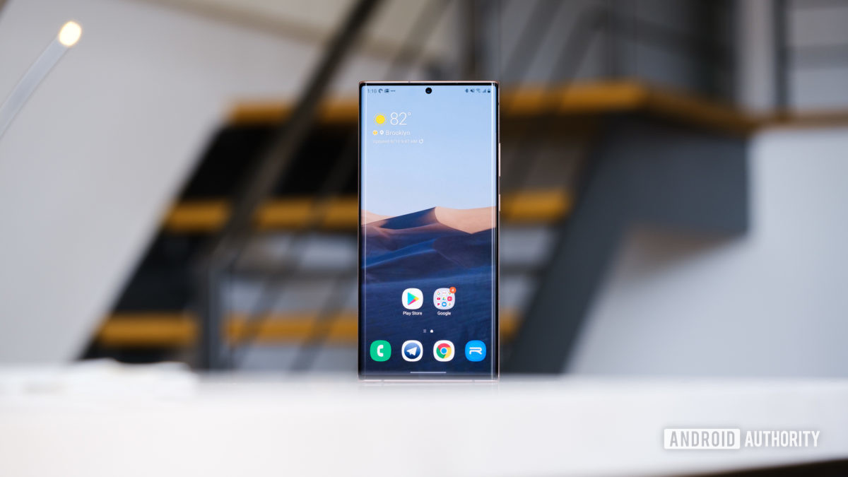 Tela Samsung Galaxy Note 20 Ultra em grande angular