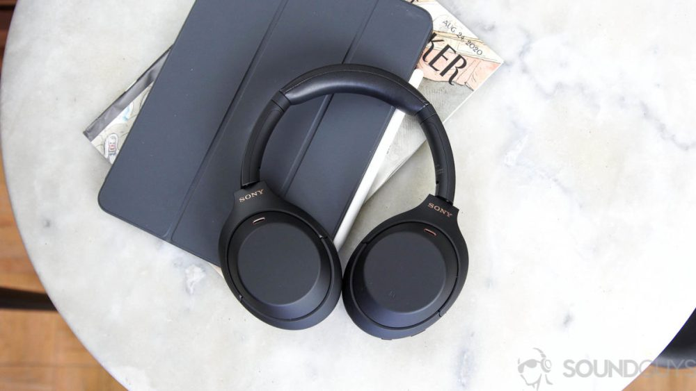 An aerial photo of the Sony WH 1000XM4 noise cancelling headphones ipad