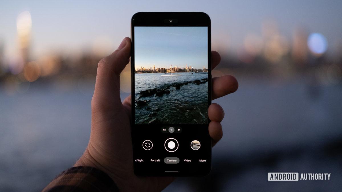 Câmera do Google Pixel 5 contra o oceano 1