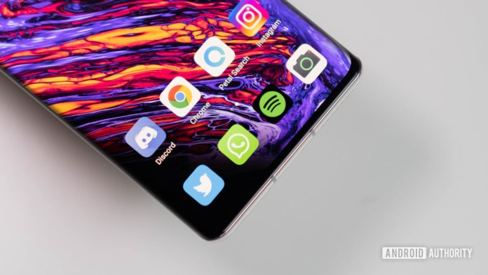 Huawei Mate 40 Pro close up of home row