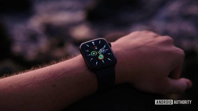Kol 5'te Apple Watch series 6