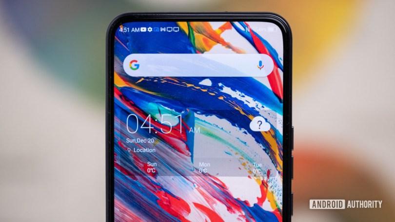 ZTE Axon 20 5G front display cutout macro