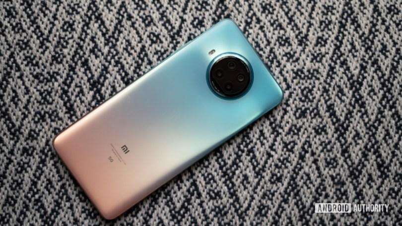 Xiaomi Mi 10i review rear back panel