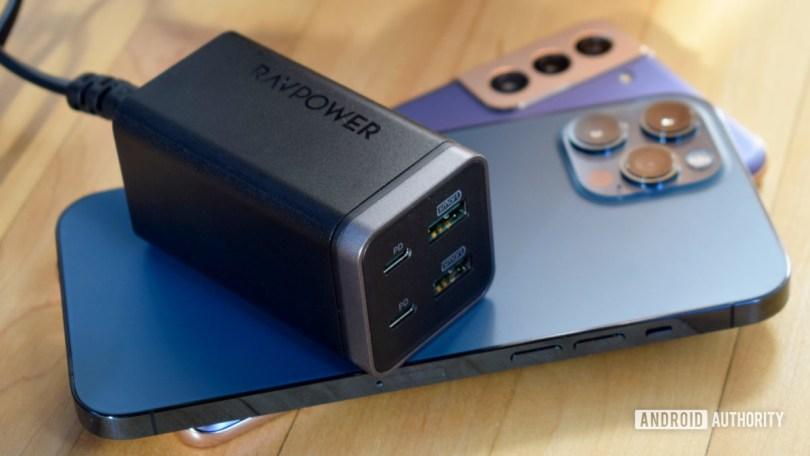 RavPower PD Pioneer GaN phones