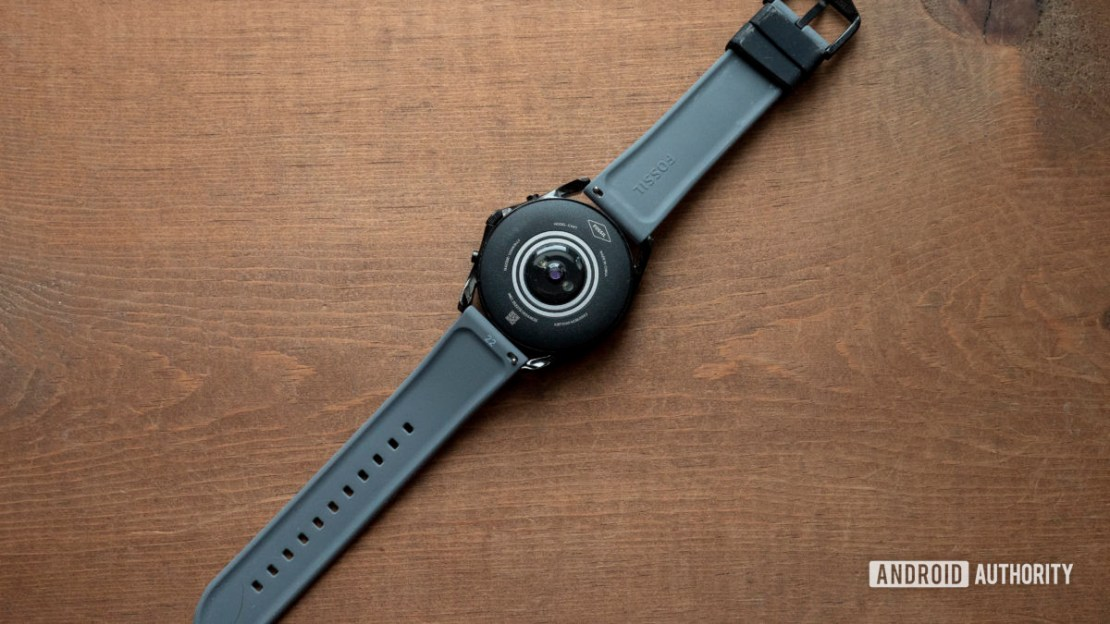 fossil gen 5 lte review heart rate sensor on table