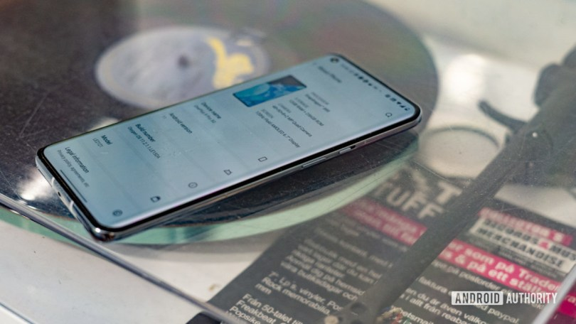 OnePlus 9 Pro side profile