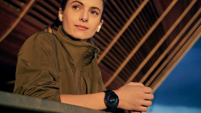 OnePlus Watch press render 2