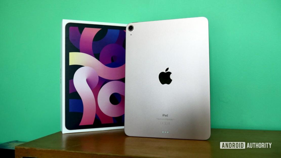 apple ipad air 2020 review rear 2
