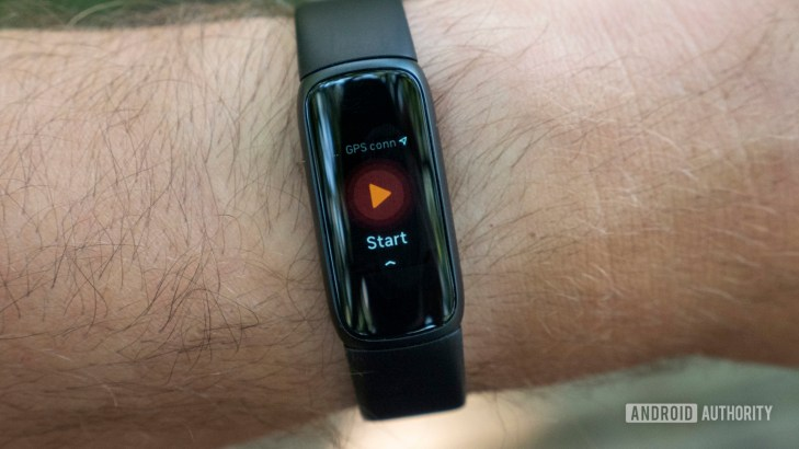 fitbit luxe review connected gps bike