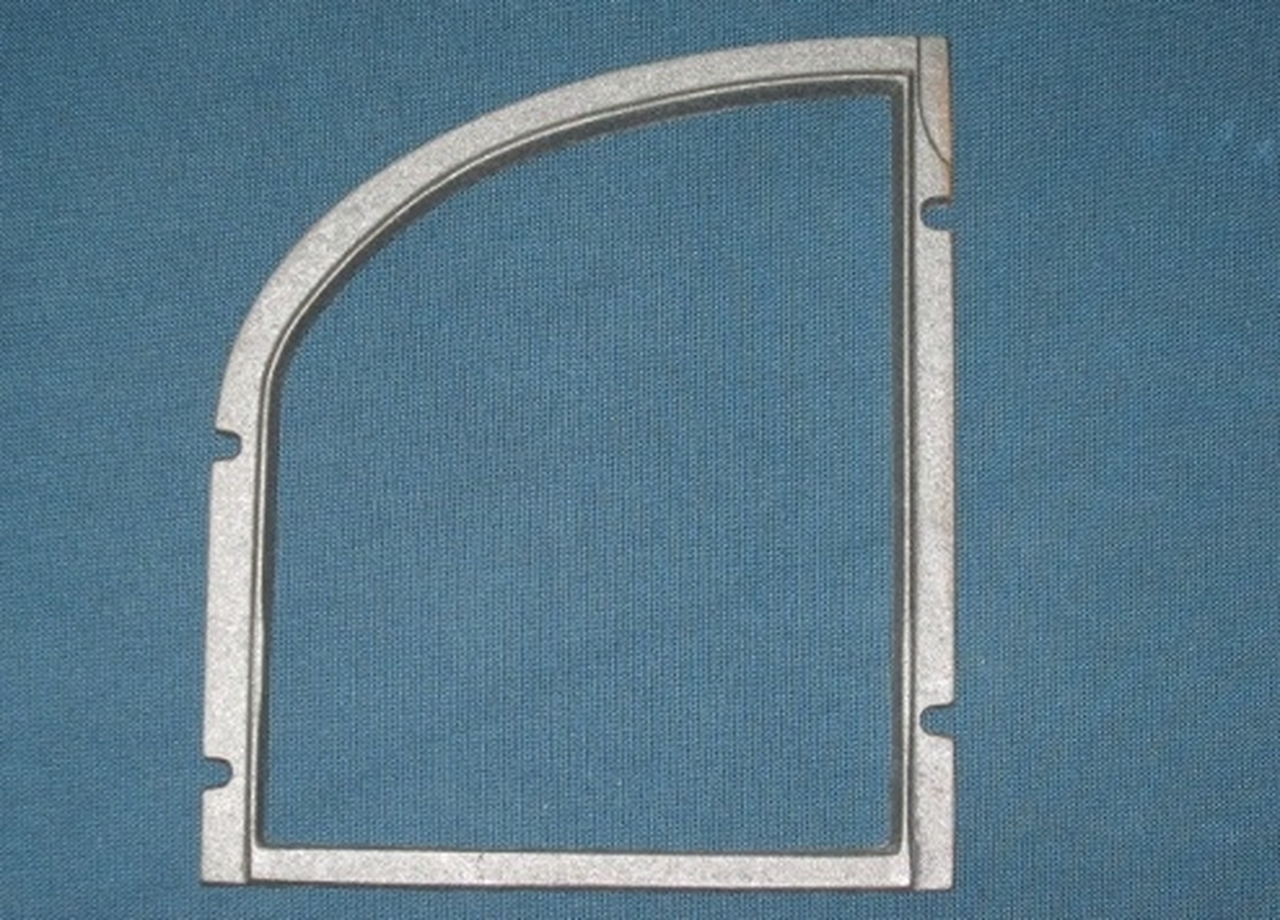 small resolution of vermont castings cast iron door glass frame right for vigilant i ia stoves 130 4249
