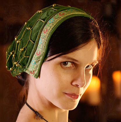 noblewoman's snood late medieval