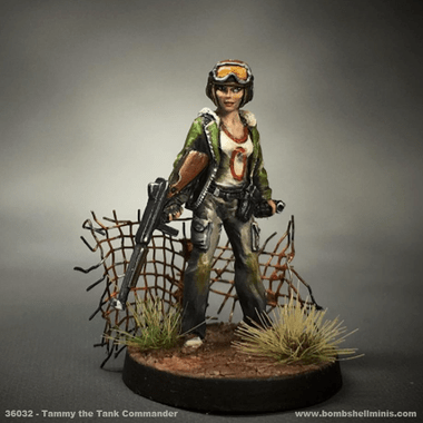 36032  Tammy The Tank Girl  Bombshell Miniatures