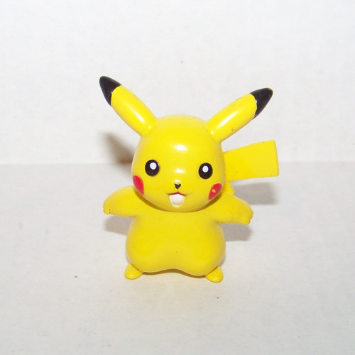 Pokemon Pikachu Tomy Figure