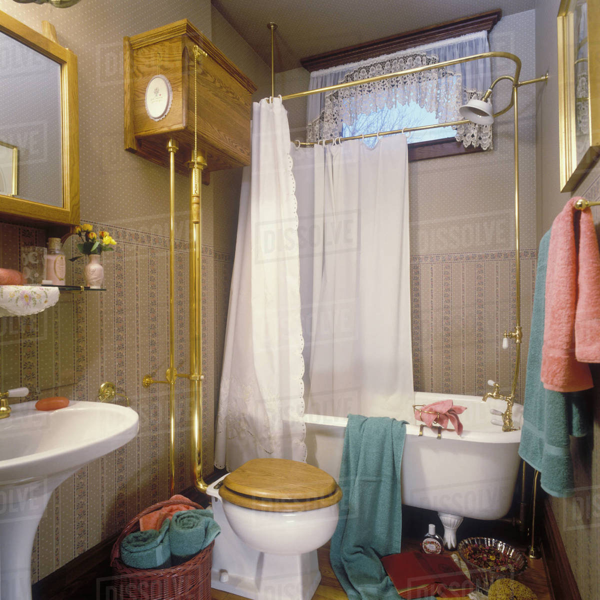 Victorian Bathroom With Footed Tub And Pull Flush Toilet Brass D145 201 440
