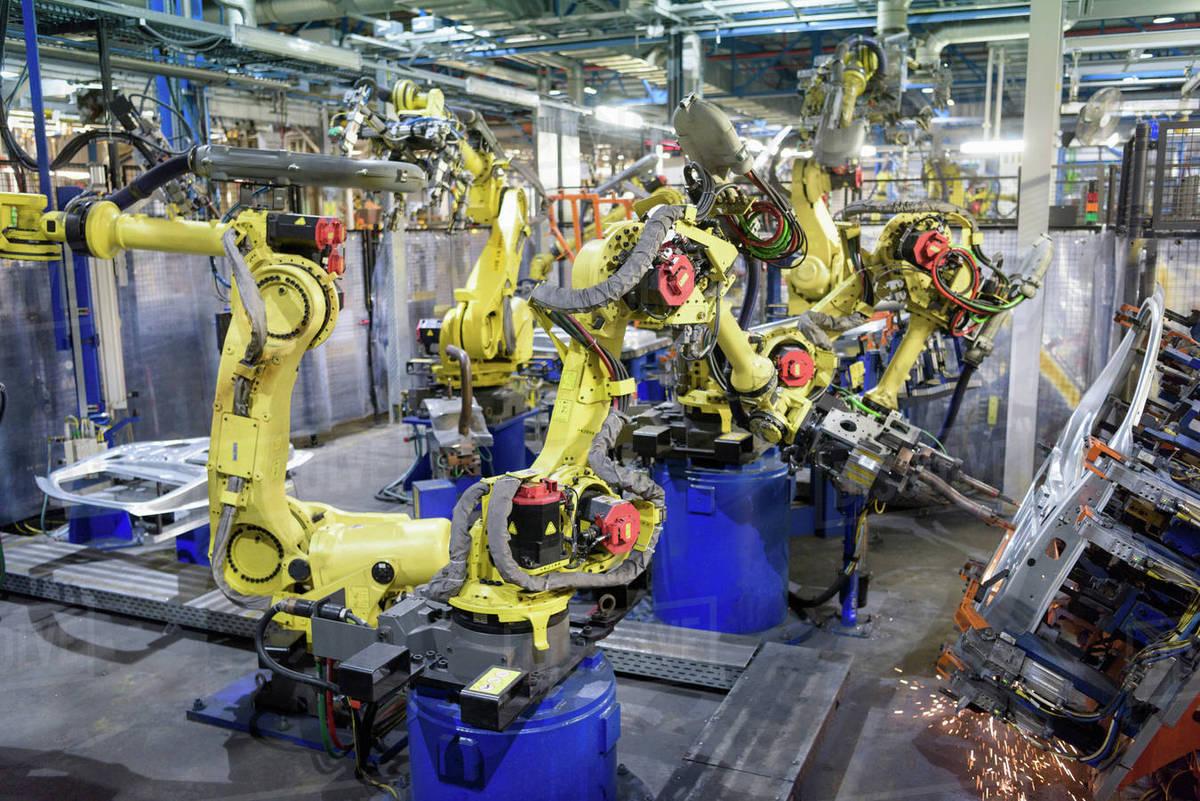 robots welding body panels