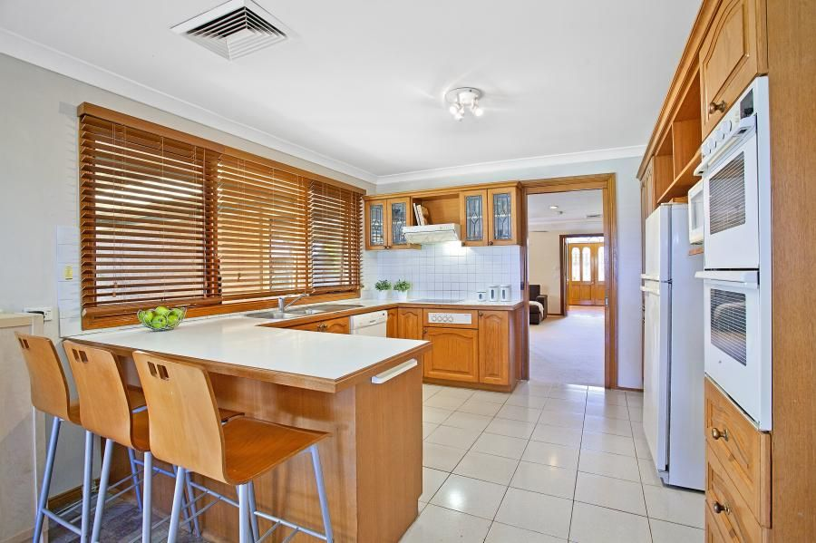 cherrybrook kitchen remodel pictures 7 boxwood place nsw 2126 中文 sold house ray photos floorplan in