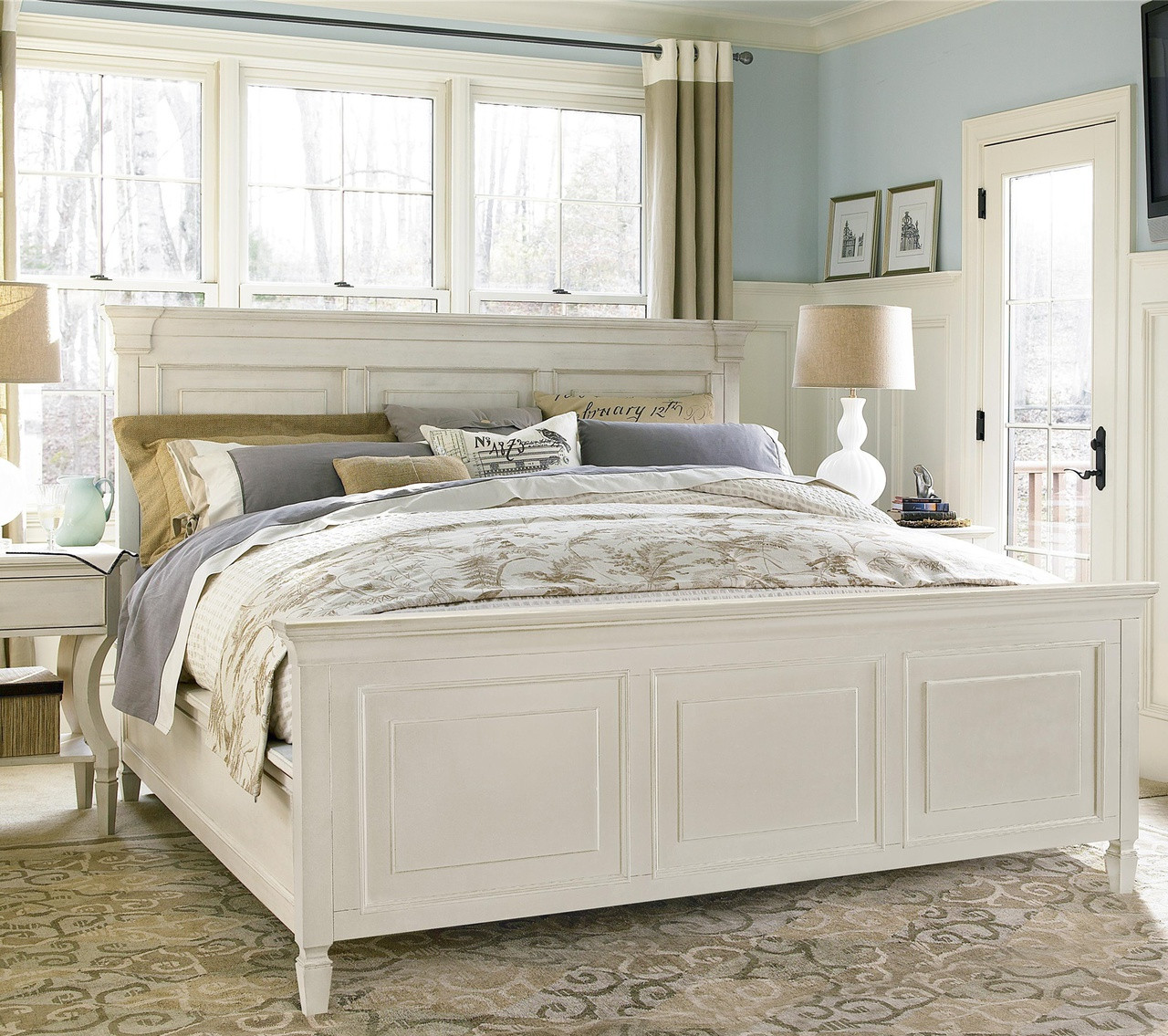 Country-chic White King Panel Bed Frame Zin Home