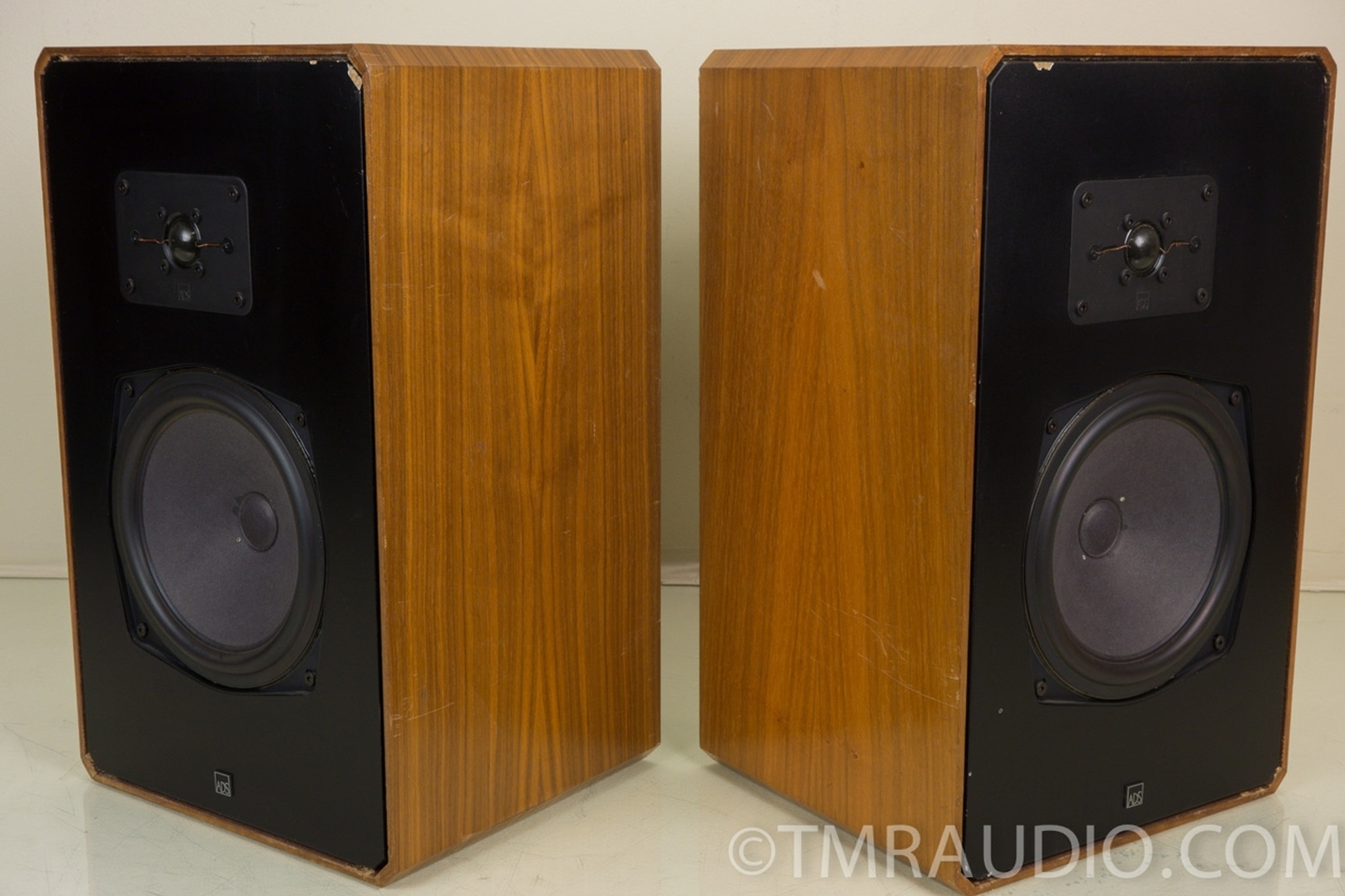 ADS L570 Vintage Audiophile Speakers Excellent Working