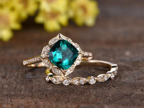 14 Carat Cushion Emerald Wedding Set Diamond Bridal Ring