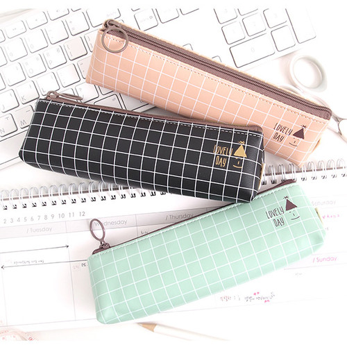 2Young Pastel check pattern zipper pencil case  falindesign