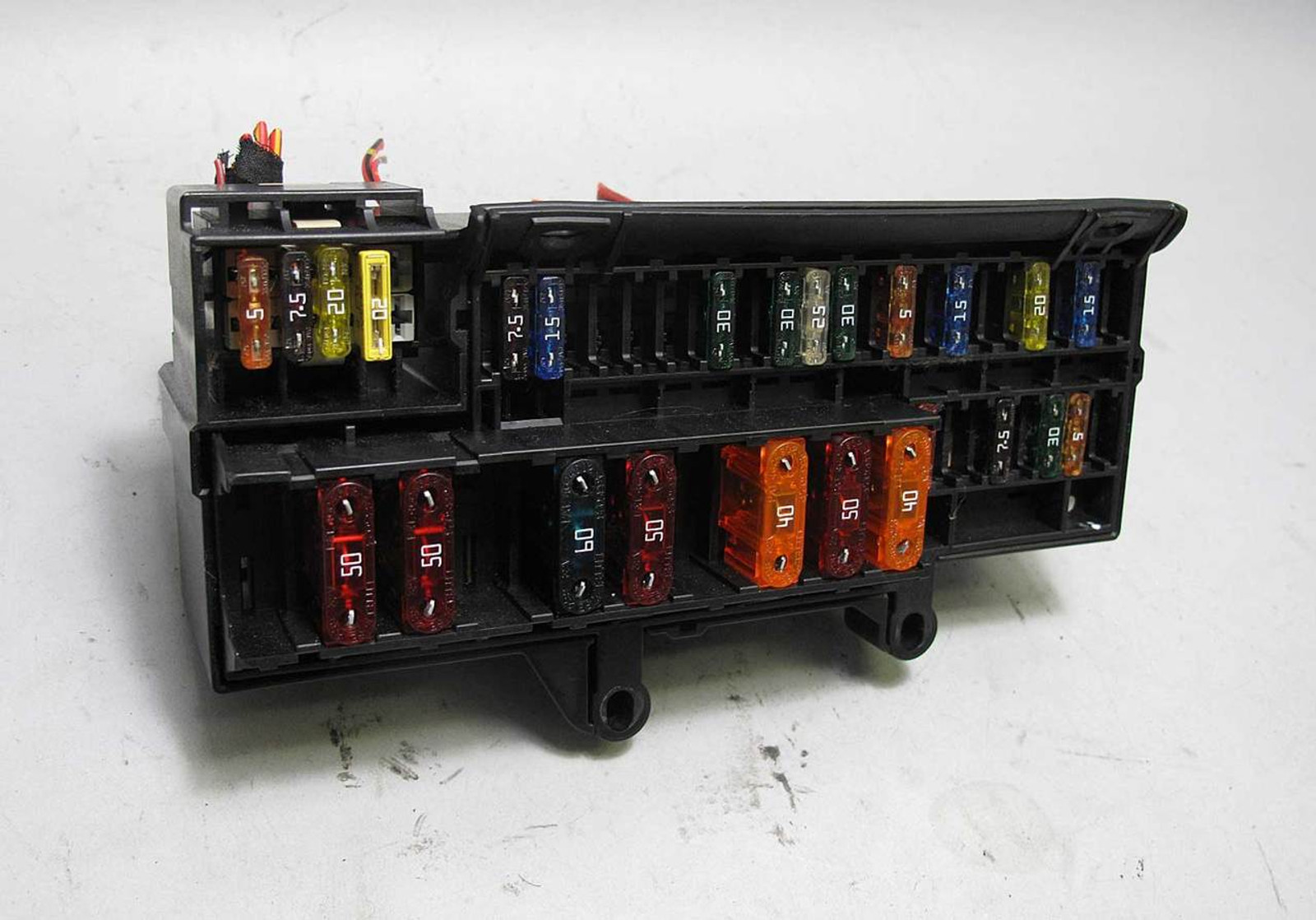 small resolution of bmw e65 e66 7 series front glove box dashboard fuse box panel 2002 1999 bmw 323i