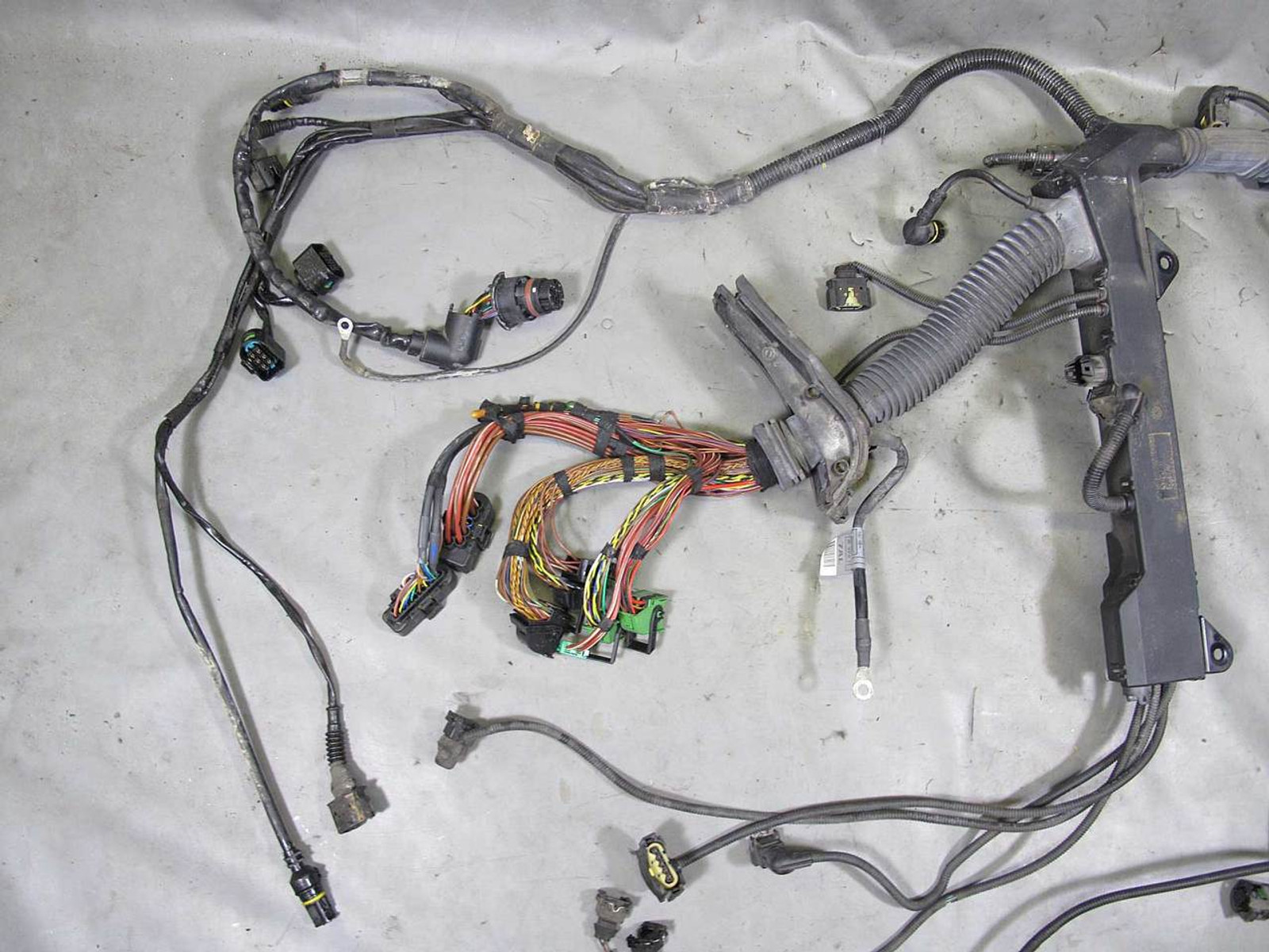 hight resolution of bmw 745 wiring wiring librarybmw e65 e66 745i 745il n62 v8 engine wiring harness w broken