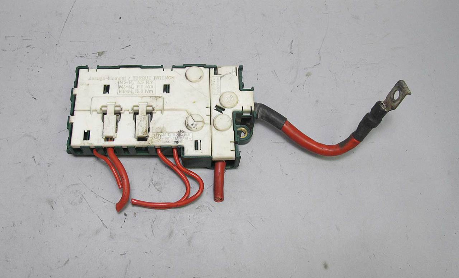 medium resolution of bmw e39 5 series trunk fuse box bus bar power junction green 1995 bmw